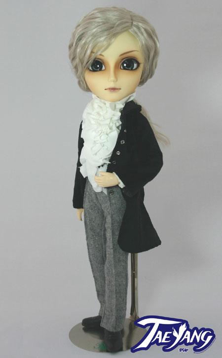 Taeyang Doll - Butler